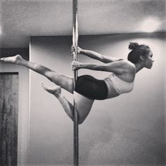 Superwoman variation #polefitness #polemove #poledance