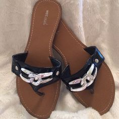 Black Patent Sandals Wet Seal These are so versatile and in excellent condition. Worn once. Virtually no sign of wear. New Condition. Wet Seal Shoes Sandals