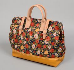 "TH-S & Co. 16"" Canvas Mason Bag with Leather Bottom, Large Roses Print, Navy"