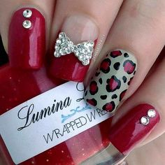 Unhas decoradas em vermelho Silver Nails, Red Nails, Nail Art Strass, Nail Jewels, Super Cute Nails, Pretty Nail Art, Finger Painting, Cute Nail Designs, Easy Nail Art