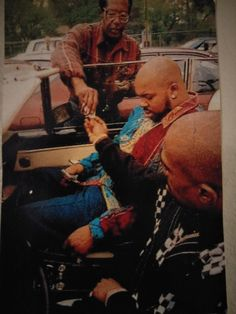 This rare photo of Tupac Shakur and Suge Knight Tupac Shakur, 2pac, Tupac Photos, Tupac Videos, Tupac Art, Suge Knight, Tupac Makaveli, Arte Hip Hop, Meaningful Pictures