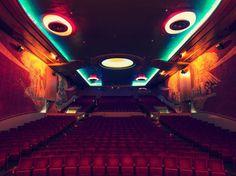 Quitte à aller voir un film, autant se rendre dans une salle qui ait de la gueule!