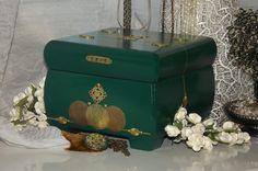 Lockable box. Emerald & Gold Lock Box with by DAWNaffirmationBoxes