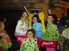 'La Jijonenca', de Júlia Bondia.  Finalista del premio a mejor disfraz de grupo.  Sábado, 9 de febrero de 2013