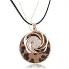 Fashion Leopard Pattern Pendant Sweater Chain Necklace Jewelry Neck Decor Decoration with Rhinestones for Ladies