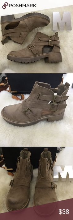 Qupid 'Valiant-36' Booties #t2089  New in box!  No low balling  * Serious offers only * Please visit our website for our new arrivals  * https://www.milanoshoes.com. Qupid Shoes Ankle Boots & Booties