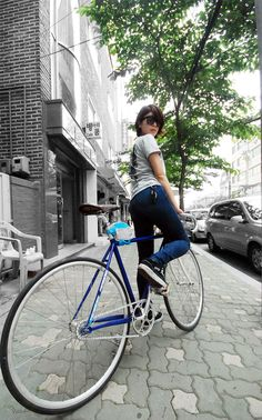 Girls On Bicycles! » Fixed Gear Girls ::