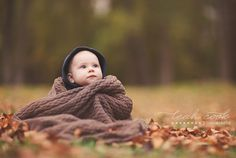 ugh! imagine an awesome couple all wrapped up in that blanket instead! LOVE me some Fall!