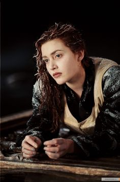Rose DeWitt Bukater (Kate Winslet) in Titanic Titanic Rose, Titanic Photos, Titanic Kate Winslet, Titanic Behind The Scenes, Titanic Costume, Titanic Survivors, Leo And Kate, Jack Dawson, Indie Movies