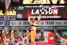 Grabbing the lead after a restart on lap 171 of 200, Kyle Larson moved to the top of the track just in time to hold off polesitter Brad Keselowski for the victory in Saturday's O'Reilly Auto Parts …