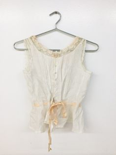 Cute summer top in cotton voile - even without the lace