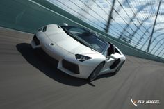 Lamborghini Increases Worldwide Sales For The Third Year In A Row | Fly-Wheel