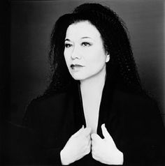 Academy Award-winning costume designer Eiko Ishioka, who passed away in January, was left out of the Oscar in memoriam. She won for Bram Stoker's Dracula and designed the upcoming Mirror, Mirror