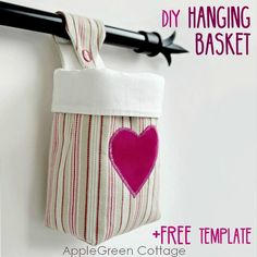 The Cutest Fabric Hanging Basket #sewing #sewingbasket #basketpattern #freesewingpattern #sewingtutorial #easysewingproject