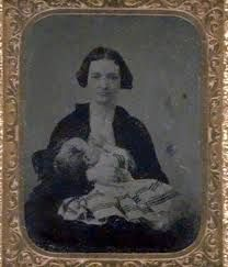 Vintage Breastfeeding Photography