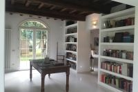 La Villa - Library Room