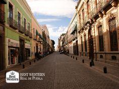 """EL MEJOR HOTEL EN PUEBLA. La ciudad de Puebla, la más """"chula"""" de nuestro país, cuenta con distintos atractivos turísticos como zonas arqueológicas, museos y paisajes naturales; motivos por los que recibe a miles de visitantes cada año. En Best Western Real de Puebla, le invitamos a conocer la belleza de nuestro estado y a que realice su próxima reservación en nuestras instalaciones. #elmejorhotelenpuebla"""