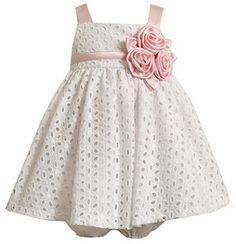 Delicado vestido para bebe