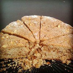 Ya probaste nuestra Torta manzana canela #morenobrownie ... pedidos via whatsapp al 3208322104 #brownieriamorenobrownie#brownieriaambulante#repostería#reposteríaartesanal#artesanal#artesano#homemade#homebaking#homemadefood#cake#manzanacanela#love#sweet#emprendimiento#foodporn#foodbike#bogotá