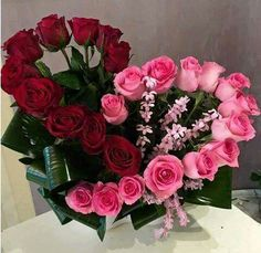 33 Beautiful Valentine Flower Arrangements That You Will Like - Flowers are one of the most popular gifts given and sent on Valentines day. Sons buy a pretty posy for their mom, boys buy them for their girlfriends,. Arte Floral, Deco Floral, Valentine's Day Flower Arrangements, Rosen Arrangements, Valentines Flowers, Valentine Nails, Valentine Ideas, Funeral Flowers, Church Flowers