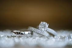 Cheap Engagement Rings, Classic Engagement Rings, Engagement Ring Photography, Bling Wedding, Wedding Bells, Wedding Stuff, Wedding Ring Pictures, Wedding Ring Designs, Dream Ring