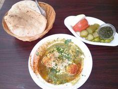 La implementación principal de nuestra #Tahini- una porción de #Hummus. Un sabor unico!