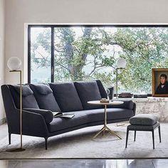 A calm and classic feel, with a grey palette and a touch of colour. The new Édouard sofa by Antonio Citterio #50bebitalia #furniture #design #antoniocitterio #inspiration #interiors #home #decor #living #sofa #instadesign #decoration #interiordesign #designer #contemporary #instamood #instadecor #style #lifestyle #luxury #homedecor #homedesign #homefurniture  #furnituredesign #designlovers #colors #colours #interior