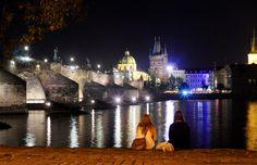 Karlův most, Praha (Charles Bridge, Prague) Charles Bridge, Its A Wonderful Life, Czech Republic, Prague, Travel Guide, Birth, Cathedral, Country, Building