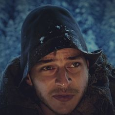 Screen Caps of Tom Wlaschiha in Bergkristall