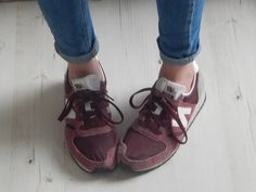 Burgundy New Balance http://www.josies-journal.com/2014/07/outfit-july-outfit-2.html
