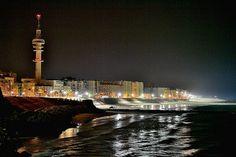 Cádiz de noche / Cadiz city in the night.