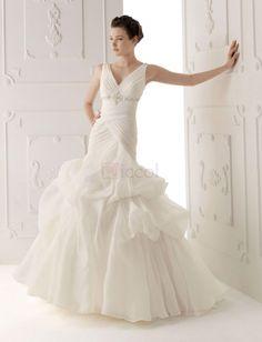 ❀ Classic V Neck Organza Ball Gown Wedding Dresses | Riccol ❤