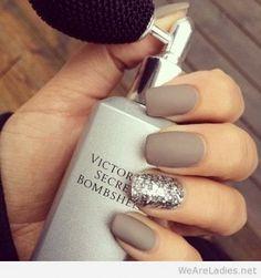 30-matte-nails-should-rocking-large-msg-138464430927