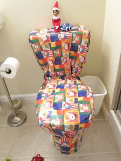 Elf wraps the toilet #elfontheshelf elf on the shelf