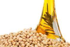 Regelmatig komen we de naam 'soja lecithine' tegen op etiketten. Het is een veelvoorkomend additief die aan veel voeding is toegevoegd. Maar wat is soja lecithine (E471) eigenlijk? En is het goed o…