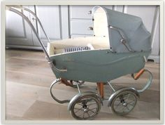 Vintage stroller Vintage Stroller, Vintage Pram, Prams And Pushchairs, Dolls Prams, Baby Prams, Baby Carriage, Kids And Parenting, Baby Strollers, Little Girls