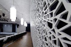 Pannello fonoassorbente in MDF / da parete / perforato / per edifici pubblici CONVENTION CENTRE KOBLENZ Bruag