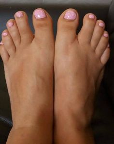 Candy floss toes, candy coat, gel pedicure