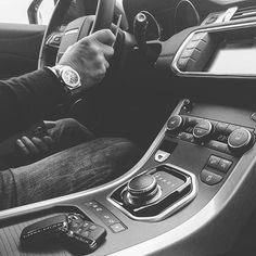 #drive  #work#landrover#rangerover#auto#cars#fmcar#onhisway#watch#men#fashion#style#november#photo#pic#bnw#bnw_captures#biancoenero#suv#milano#rimini#auto http://blog.fmcarsrl.com/wp-content/uploads/2016/11/15276536_323740778010490_3803822671712485376_n.jpg http://blog.fmcarsrl.com/index.php/2016/11/30/drive-worklandroverrangeroverautocarsfmcaronhiswaywatchmenfashionstylenovemberphotopicbnwbnw_capturesbiancoenerosuvmilanoriminiauto/