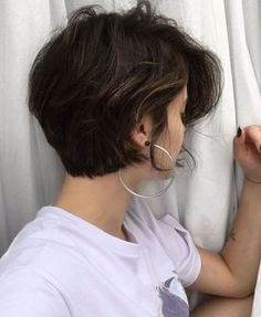 Short bob hairstyles 691161874042467023 - Short hairstyles Bob haircuts Shoulder Length haircuts Medium Length hairstyles Source by Haircut For Thick Hair, Cut My Hair, New Hair, Medium Hair Cuts, Short Hair Cuts, Girls With Short Hair, Bob Hairstyles, Bob Haircuts, Short Girl Hairstyles