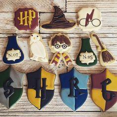 Harry Potter #decoratedcookies... - Flying Squirrel Cookies