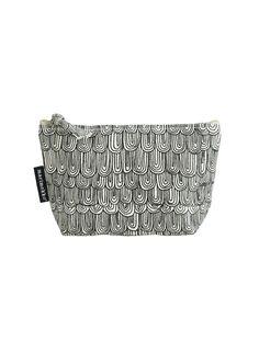 Marimekko Tilke sauna cosmetic bag Purse Patterns, Textile Patterns, Textile Design, Color Patterns, Print Patterns, Marimekko Fabric, Surface Pattern Design, Cosmetic Bag, Purses And Bags