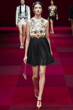 Dolce & Gabbana Spring/Summer 2015 ready-to-wear #MFW #Milan #FashionWeek