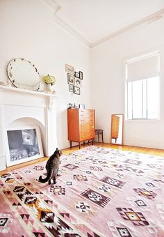 I love this bright room and rug