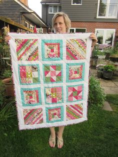 Lucy with a quilt that captures all the colours of summer. All The Colors, Students, Colours, Quilts, Blanket, Amazing, Summer, How To Make, Beautiful