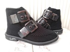 100% handmade crochet Crochet Boots, Baby Shoes, Boutique, Sneakers, Casual, Model, Handmade, Fashion, Booties Crochet