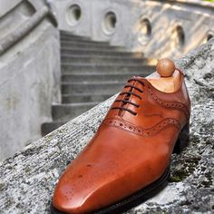 Waiting for spring.. 🌿 Dover model from cognac calf leather with a combination of English and German sole stiching.. created in Fabula shoeworkshop. -------------------------------------------- Order:info@fabulashoes.com -------------------------------------------  #fabulashoes #fabula_bespoke_shoes #madetoorder #madetomeasure #bespoke #styleformen #styleblogger_de #styleforum #shoegazing #shoelover #highfashionmen #highquality