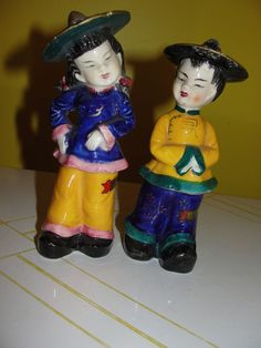 Asian Boy and Girl in Coolie hats Salt and Pepper shakers