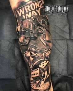 Chicano Tattoos Sleeve, Forearm Sleeve Tattoos, Best Sleeve Tattoos, Hand Tattoos, Half Sleeve Tattoos For Guys, Half Sleeve Tattoos Designs, Tattoo Designs Men, Design Tattoos, Tattoo Arm Mann
