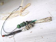 Un collier talisman avec perles Hébron par annemarietollet sur Etsy